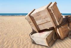 Tillförsel på en strand arkivbilder