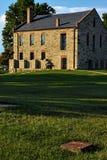 Tillförselbussgarage på fortet Smith National Historic Site Arkivfoto