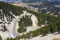 Tillfartsväg till toppmötet av monteringen Ventoux Arkivfoto