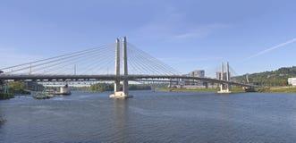 Tillikum korsning bro Portland Oregon Fotografering för Bildbyråer