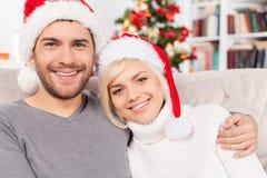 Tillsammans på julafton. Royaltyfria Bilder