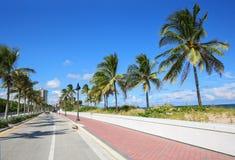 Tillståndsväg A1A på Fort Lauderdalestranden royaltyfri bild
