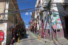 Tilltrasslade trådar i La Paz, Bolivia Royaltyfria Bilder