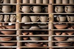 Tillverkad krukmakeri i Portugal royaltyfri fotografi
