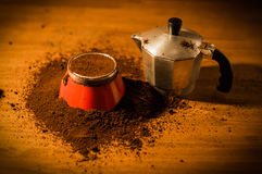Tillverkare för italienareMoka espresso Royaltyfria Bilder