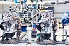 Tillverkning av bilmotorn Royaltyfri Fotografi