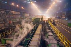Tillverkning av stålrör arkivfoton