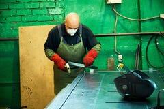 Tillverkning av st?ld?rrar, svetsning av metalld?rrar, produktion fotografering för bildbyråer