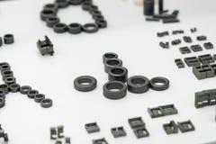 Tillverkning för del för stål för hög precision automatisk vid CNC-machin royaltyfri fotografi