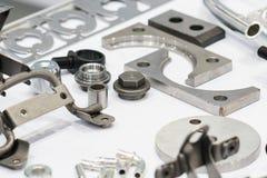 Tillverkning för del för stål för hög precision automatisk vid CNC-machin royaltyfri foto