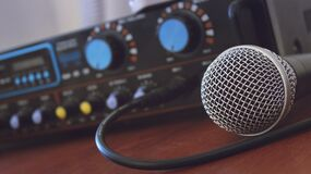 Tilt Shift Photography of Microphone Royalty Free Stock Images