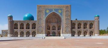 Tilya Kori Madrasah在撒马而罕,乌兹别克斯坦 库存图片