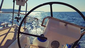 Timón en el velero Fotografía de archivo libre de regalías