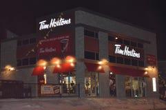 Tim Horton Coffee Shop stad av Montreal, Kanada Arkivfoton