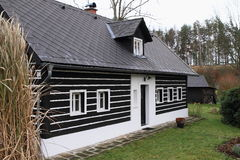 Timbered mountain cottage Royalty Free Stock Photography