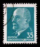 Timbre imprimé en république Démocratique d'Allemande - l'Allemagne de l'Est montre le Président Walter Ulbricht Photo stock