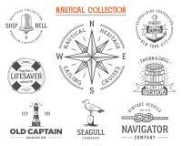 Timbres nautiques de vintage réglés Rétro style de vieux bateau Navigation des labels, illustration d'emblèmes symboles graphique Image libre de droits