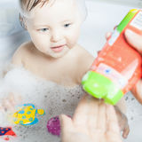 Time for baby's bath Royalty Free Stock Photos