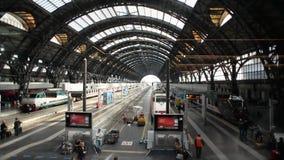 Time Lapse de gare ferroviaire de Milan Centrale banque de vidéos