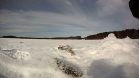 Time lapse de la pesca del hielo