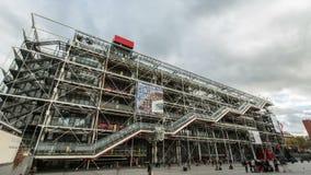 Time lapse en 4K UHD del centro de Pompidou en París, Francia almacen de video