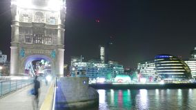 Time-Lapse-shot of street traffic on London Tower Bridge stock video