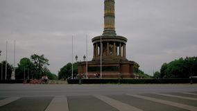 Time Lapse: Traffic At The Victory Column In Berlin, Germany In Summer stock video footage