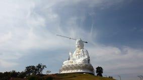 Time Lapse of white big Quan Yin Buddha Statue, wathyuaplakang, Chiang rai, Thailand. stock video