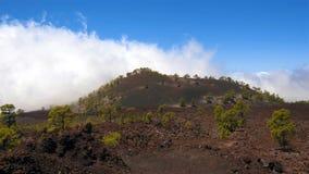 Time Lapseoverzees van overzees van wolken in vulkanisch landschap Tenerife, Spanje stock videobeelden