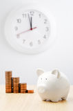 Time for savings Royalty Free Stock Photos