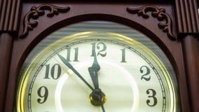 Time-schackningsperiod av klockan i halv cirkel lager videofilmer