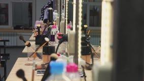 Time-schackningsperiod för bakgrund för arbetsskönhetsalong arkivfilmer