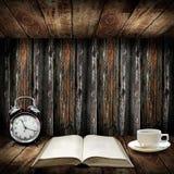 Time som läser begrepp arkivbilder