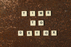 Time to detox. Text on a rustic background Stock Photos