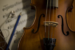 Time to practice violin Royalty Free Stock Photo