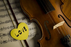 Time to practice violin Royalty Free Stock Photos