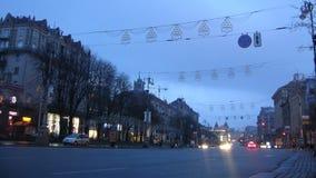 Timelaple Kiev Khreshchatyk del amanecer de la calle