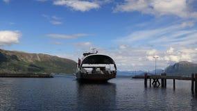 Timelaps de ferry de Hareid et de bateau de vitesse clips vidéos