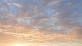 Timelaps rossi delle nuvole di alba stock footage