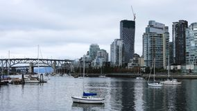 Timelapse桥梁和摩天大楼在温哥华,加拿大4K 股票视频