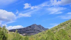 Timelapse,在登上Sainte Victoire,艾克斯普罗旺斯的云彩 股票视频