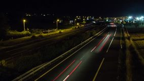 Timelapse - αυτοκίνητα που κινούνται τη νύχτα απόθεμα βίντεο