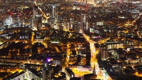 Timelapse μιας πόλης τη νύχτα φιλμ μικρού μήκους