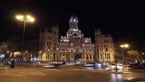 Timelapse της κυκλοφορίας στην πλατεία Cibeles στη νύχτα Μαδρίτη, Ισπανία φιλμ μικρού μήκους