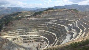 Timelapse του λατομείου και των μηχανών πετρών ορυχείων που φέρνουν το μετάλλευμα απόθεμα βίντεο