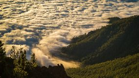Timelapse των σύννεφων που κινούνται στο ηφαίστειο Teide βουνών Tenerife, Κανάρια νησιά Ισπανία φιλμ μικρού μήκους