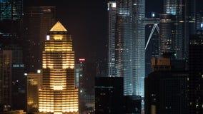 Timelapse φωτισμένης της νύχτα πόλης της Κουάλα Λουμπούρ, Μαλαισία φιλμ μικρού μήκους