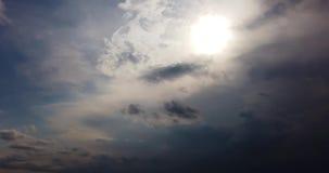 Timelapse дождливого неба с дождевыми облаками видеоматериал