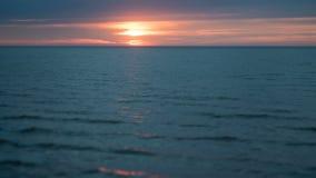 Timelapse захода солнца лета Балтийского моря сток-видео