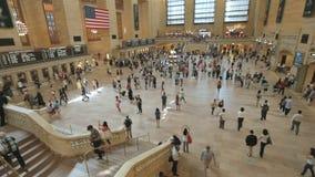 Timelapse людей в грандиозной центральной станции в Манхаттане, Нью-Йорке акции видеоматериалы